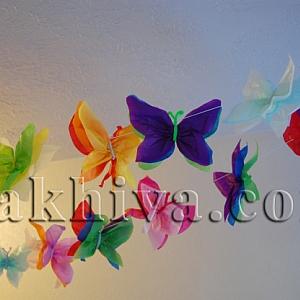 Пролетен гирлянд от пеперуди