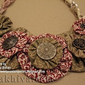 Как се правят от плат красиви цветя за декориране на дрехи