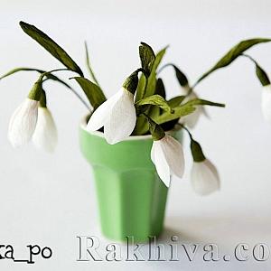 Хартиени цветя. Как се прави кокиче от крепирана хартия
