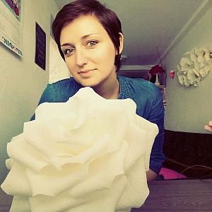 Да превърнеш хобито си в бизнес с хартиени цветя