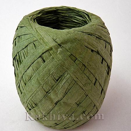 Хартиена рафия на едро, войнишко зелено (20/50/6264) над 24 броя