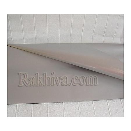 Едноцветен целофан за цветя (сребро) на пакет, ЕДРО сребро 950/50/13300)