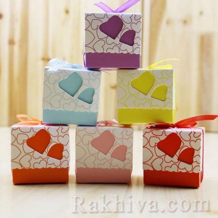 Малки кутийки за подаръчета , червено сърце 1 бр, 50х50х50 мм