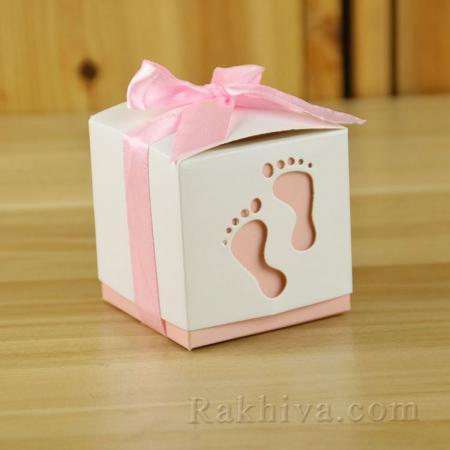Малки кутийки за подаръчета, кутийка бебе праскова 1 бр, 60х60х60 мм