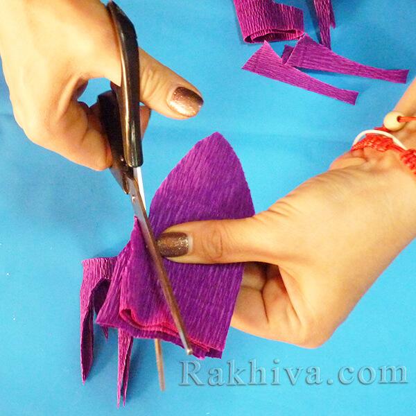 Как се прави цвете от креп хартия-04