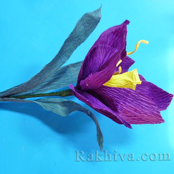 Как се прави цвете от креп хартия-16