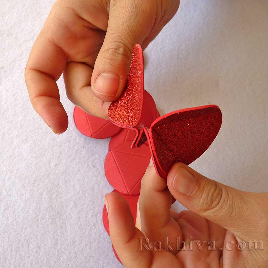 Как се прави играчка за елха от фоам с брокат