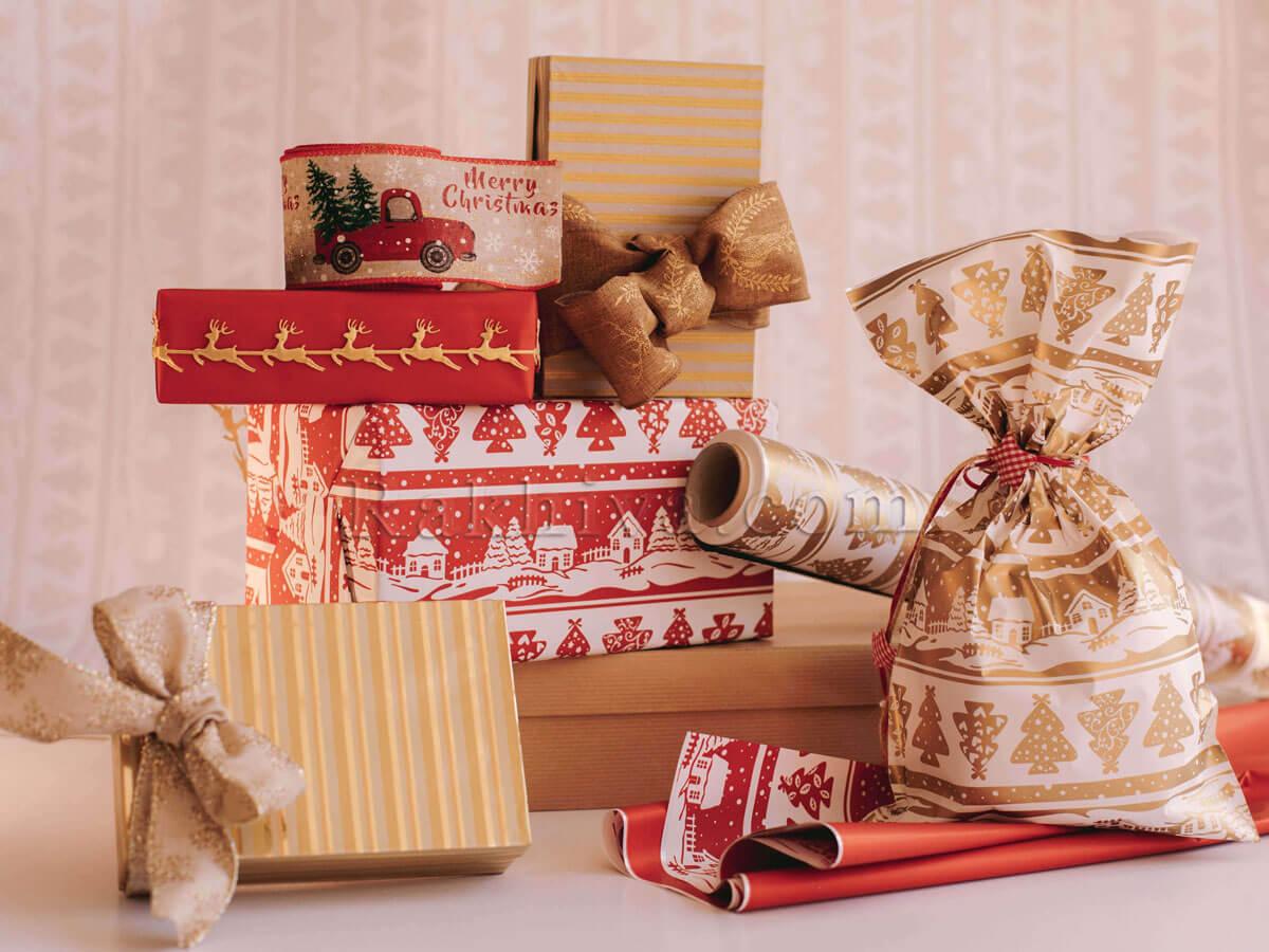 Опаковките на коледните подаръци