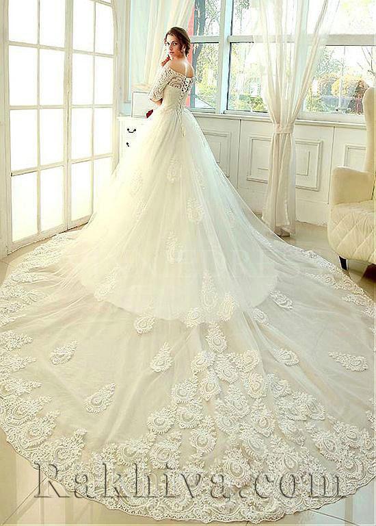 Идеи за сватбени рокли от тюл, сатен и органза
